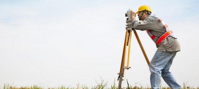 Faire appel à un géomètre pour la construction de votre maison