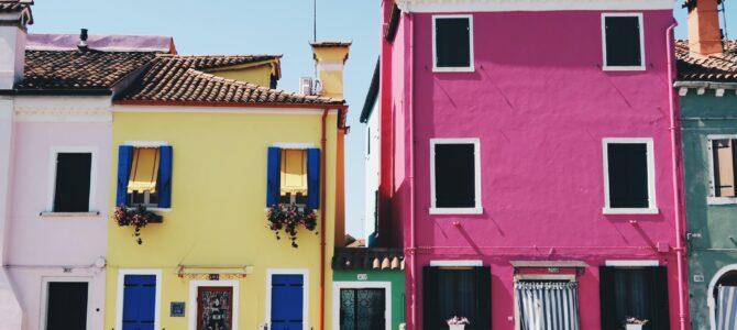 Quelques astuces pour peindre une maison en hauteur
